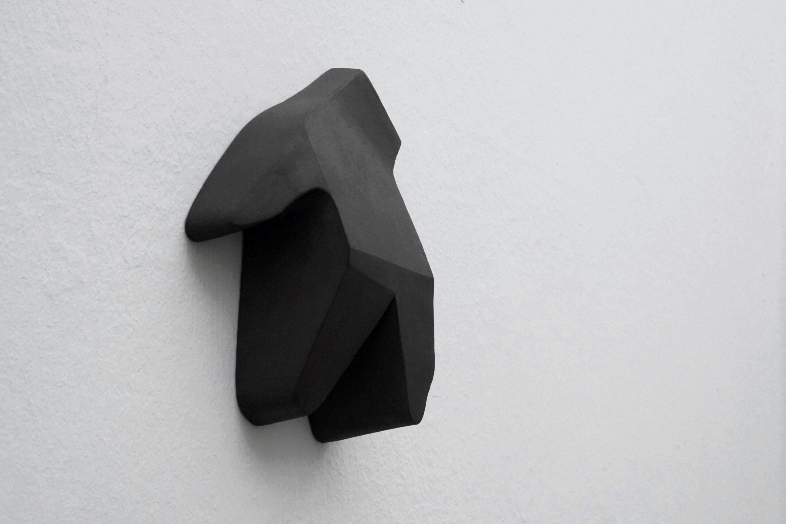 Antonio Catelani - stiff, 2018 black ceramic cm. 19x14,5x6